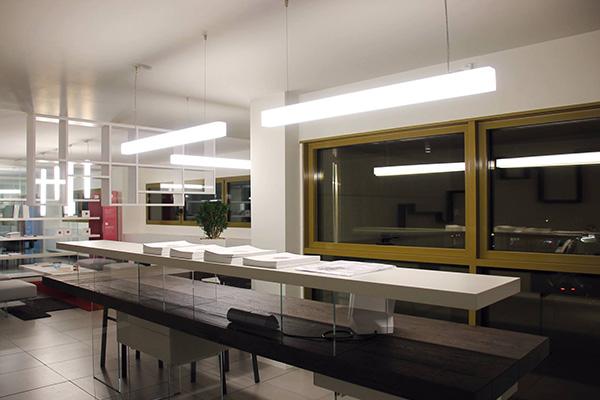 shr italia lighthq. Black Bedroom Furniture Sets. Home Design Ideas